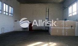 Pronájem skladovací haly 423 m2 s volnou plochou