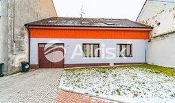 Prodej rodinného domu 263 m² - pozemek 530 m²