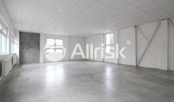Pronájem obchodních prostor 111 m2