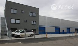 Prodej novostavby haly 720 m2 s jeřábem 5t a pozemkem 1600 m2
