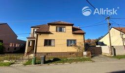 Prodej, Rodinné domy, 330 m² - Javůrek