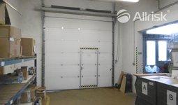 Pronájem vytápěné dílny/skladu 167 m2 s jeřábem 2 t