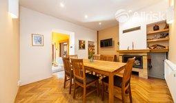 Prodej rodinného domu 228 m², pozemek 293 m²