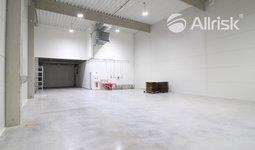 Pronájem novostavby skladu se zázemím 347 m2