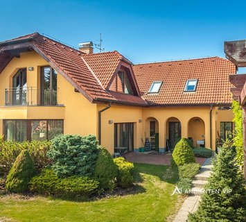 Sale, Houses Family, 358m² - Brno - Útěchov