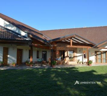 Prodej, Rodinné domy, 720m² - Tetčice