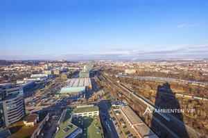 Prodej krásných prostor na zařízení luxusního, prosvětleného a prostorného bytu  v 27. patře AZ TOWER, 240 m2, 2x garážové stání, Brno - Štýřice, Ev.č.: 29620