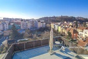 Luxusně provedený mezonetový byt 3+kk, užitná plocha 132 m2, prostorná garáž 30 m2, terasa, sklep, velká společná zahrada, Brno - Štýřice, Ev.č.: 29626