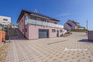Prodej luxusně provedené novostavby rodinného domu, garáž, terasa, infrasauna, Veverské Knínice, Ev.č.: 29639