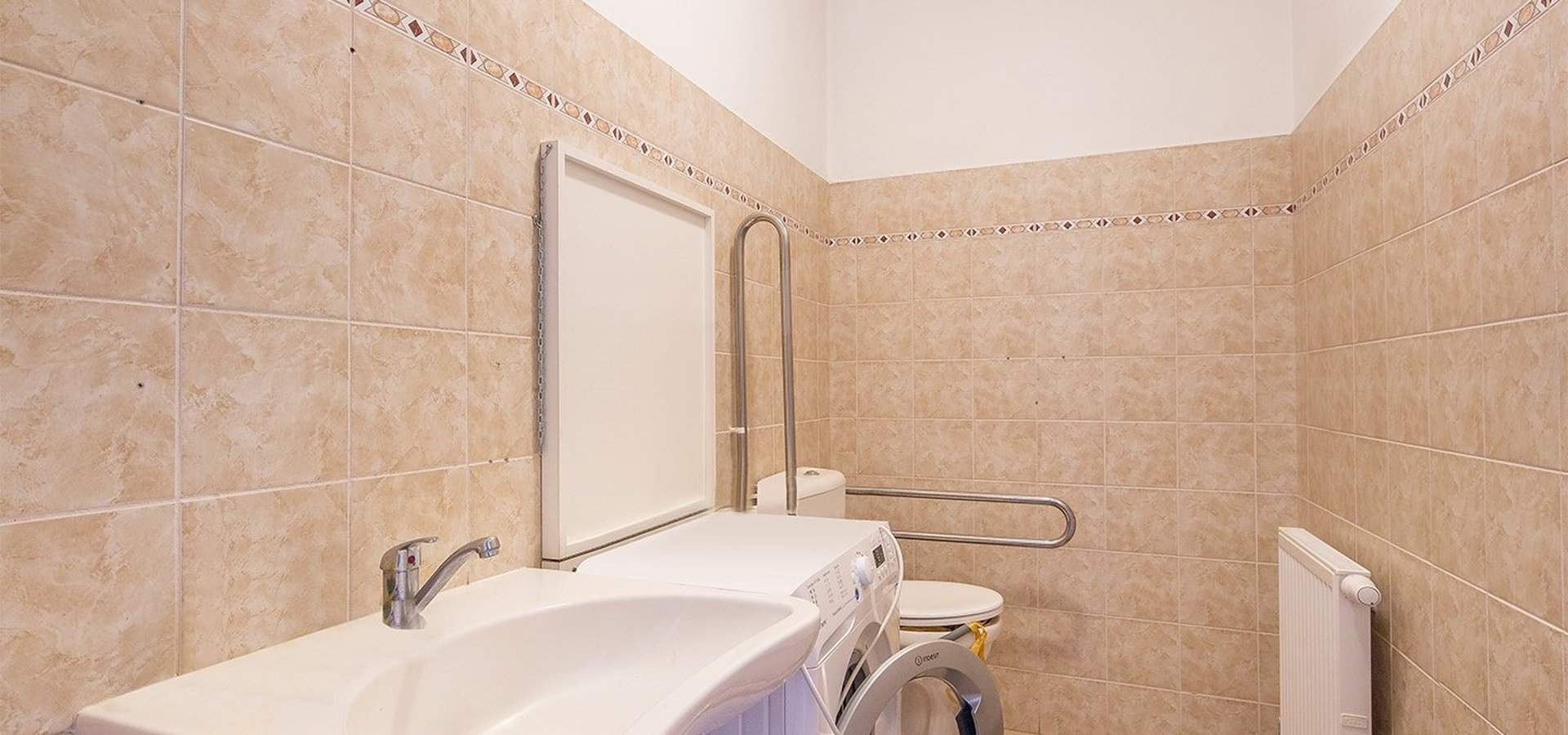 prodej-rodinneho-domu-na-bydleni-i-investici-477m2-telc-21merge-0c755a
