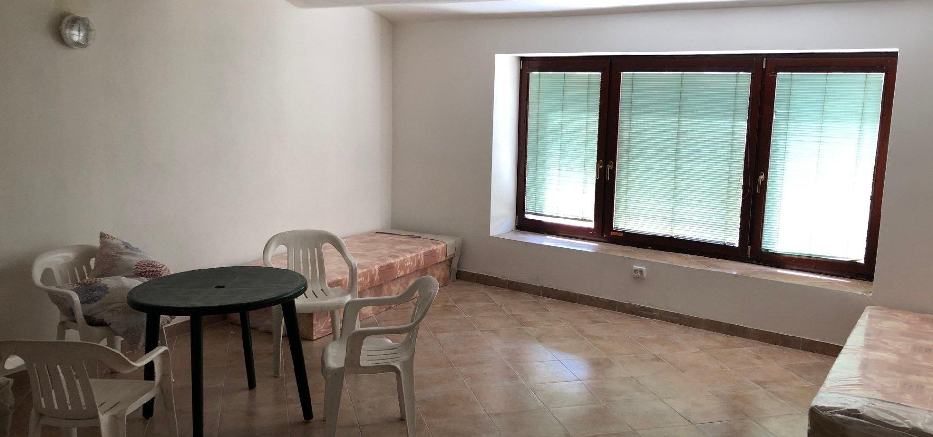 prodej-rodinneho-domu-na-bydleni-i-investici-477m2-telc-img-6181-bad254