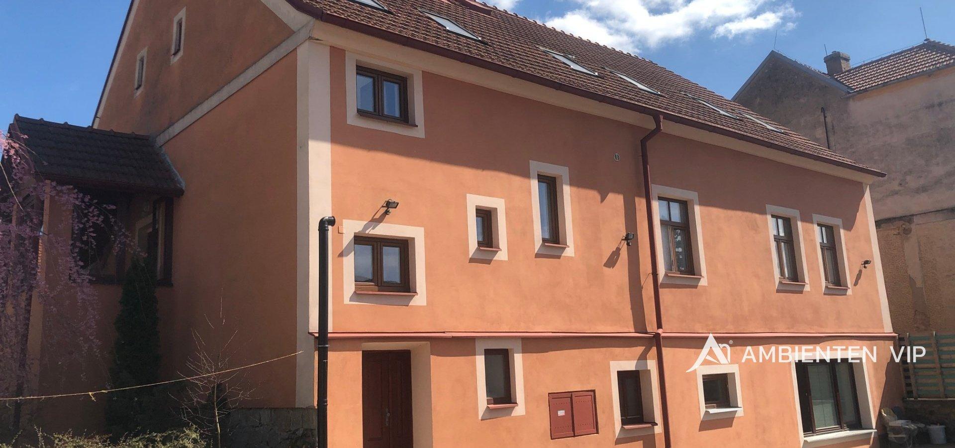 prodej-rodinneho-domu-na-bydleni-i-investici-477m2-telc-img-6133-067982