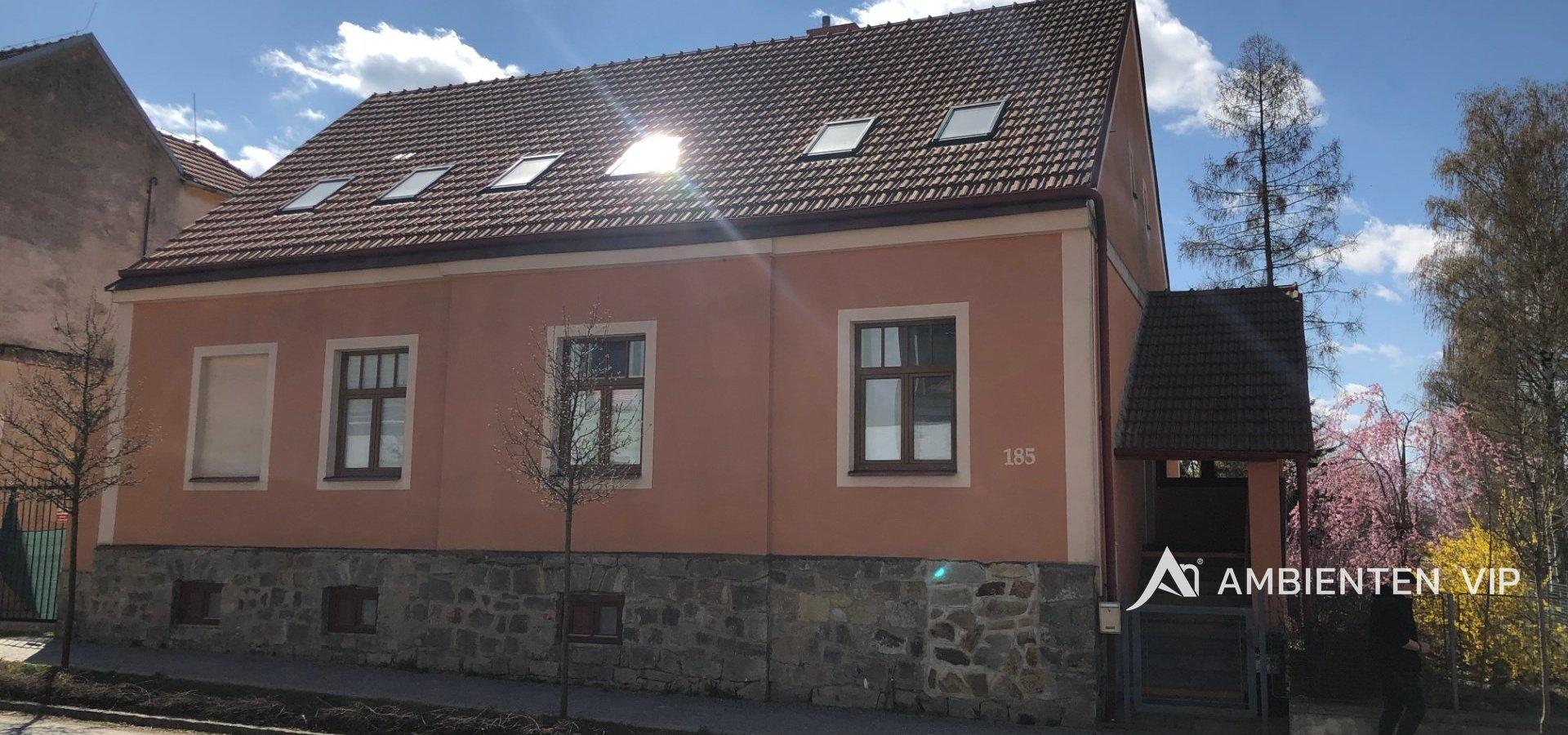 prodej-rodinneho-domu-na-bydleni-i-investici-477m2-telc-img-6189-0031f1