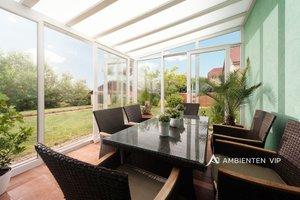 Prodej krásného, prakticky řešeného rodinného domu 6+2, 229 m², pozemek 901 m², zimní zahrada, 2x kryté stání, zahradní domek, bazén, sauna, Ev.č.: 29696