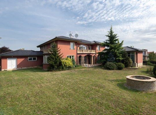 Prodej, Vila, 614m² - Moravany