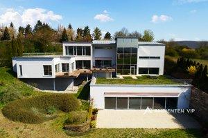 Luxusní moderní vila s výtahem, vnitřním bazénem a dvojgaráží, Ev.č.: 29703