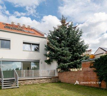 Prodej, Rodinné domy, 250m² - Šlapanice
