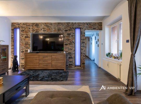 Prodej, Rodinné domy, 390m² - Uherčice