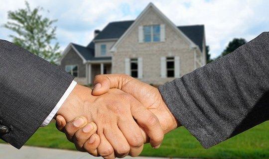 Real estate broker's liability insurance