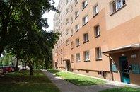 Byt 2+1 s balkónem; ul. Emila Holuba,  Havířov