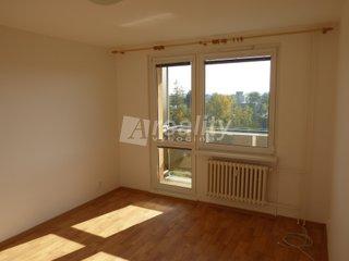 Pronájem bytu 2+1 s balkonem, 58,6 m2, Třebíč, Nové Dvory