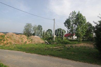Prodej stavebního pozemku 613 m2, Rousměrov