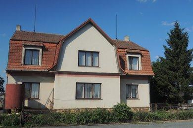 Prodej rodinného domu 8+1 179 m²  pozemek 700 m², Hrotovice, okr. Třebíč, Ev.č.: 00184