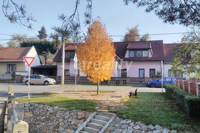 Prodej dvougeneračního rodinného domu180 m² v  Blízkově