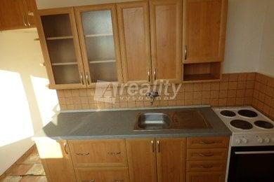 Prodej cihlového bytu 2+1 s lodžií, Náměšť nad Oslavou, Ev.č.: 00199