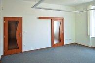 2. místnost, vstup vlevo