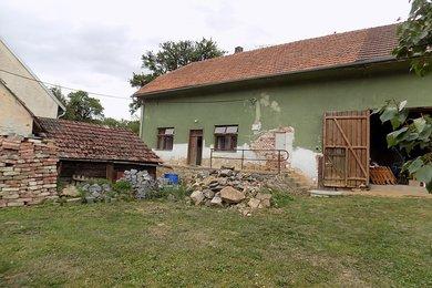 Prodej chalupy, 674 m2, Čechočovice, Ev.č.: 00247