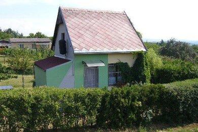 Prodej chaty, 1049 m², Moravský Krumlov, Ev.č.: 00295