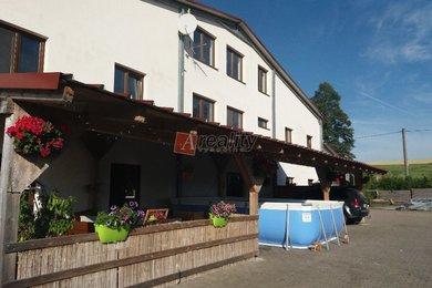 Prodej zemědělské usedlosti, jezdeckého areálu, komerčního objektu, Žďár nad Sázavou