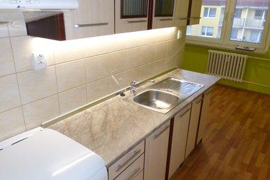 Pronájem bytu 2+1 s lodžií, 58 m2, Třebíč, Nové Dvory, Ev.č.: 00402