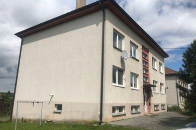 Prodej byt 3+1, 75 m², se zahradou 120 m2, garáží, sklepem, půdou, Čáslavice u Třebíče, Ev.č.: 00437