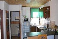 pohled-do-kuchyne-db49-