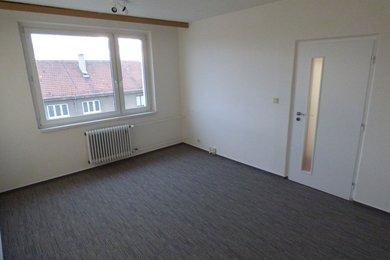 Pronájem bytu, 1+1, 32 m2, Náměšť nad Oslavou, Ev.č.: 00512