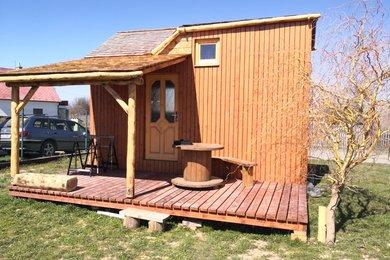 Prodej nízkoenergetické chaty s obytnou plochou 23 m2 a terasou, Ev.č.: 00563