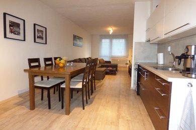 Pronájem krásného bytu 2+kk, 56 m2 s lodžií, Náměšť nad Oslavou, Ev.č.: 00572
