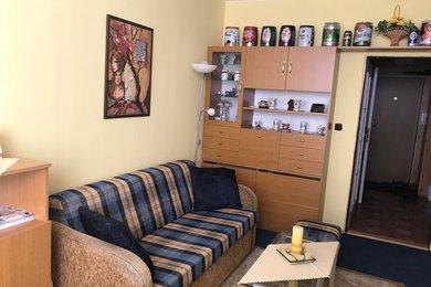 Pronájem zařízeného bytu 1+kk, 27 m², Třebíč, Nové Dvory, Ev.č.: 00634