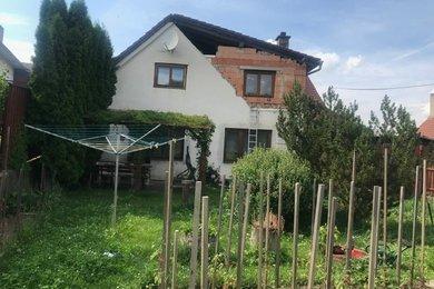 Prodej rodinný dům, Želetava - Šašovice 269 m2,  zahrada 201 m2, stavební parcela 552 m2, Ev.č.: 00652