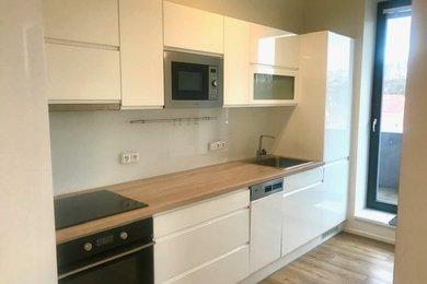 Pronájem nového bytu 2+1, OV, 50 m2 se sklepem, terasou, výtahem, Třebíč - centrum, Ev.č.: 00682