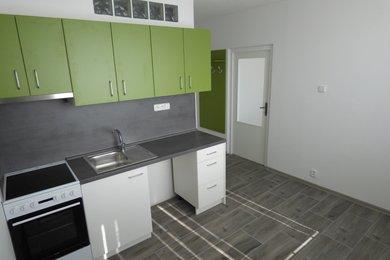 Pronájem bytu 1+1 s balkonem, Náměšť nad Oslavou, Ev.č.: 00792