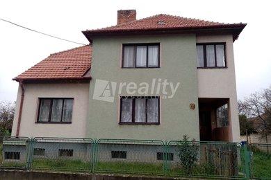 Prodej rodinného domu 5+1 se zahradou, Dyjákovičky, Ev.č.: 00826