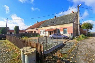 Prodej rodinného domu, Okrašovice, Ev.č.: 00829