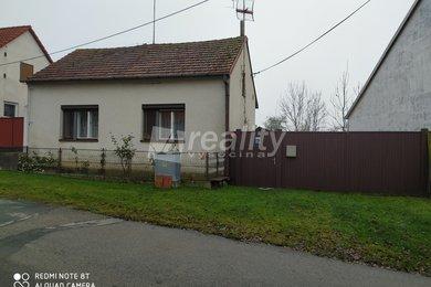 Prodej rodinný dům se zahradou u Jaroměřic nad Rokytnou, Ev.č.: 00901