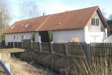 Prodej rodinný dům 6+1, Vojslavice okres Benešov, Ev.č.: 00986