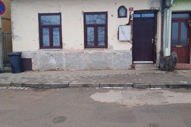 Prodej rodinného domu 4+1, Ivančice, okres Brno-venkov, Ev.č.: 00994