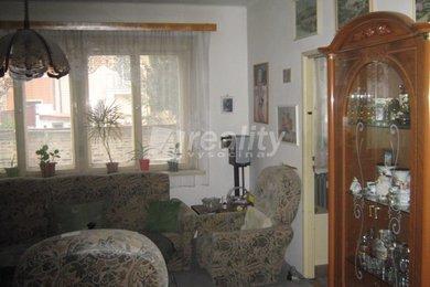 Prodej byt 3+1 s balkonem, Kolín, Ev.č.: 01026