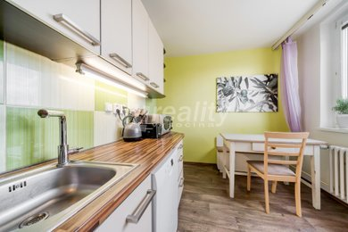 Prodej byt 2+1 s lodžií, 64 m2, Brno-Židenice, Ev.č.: 01076